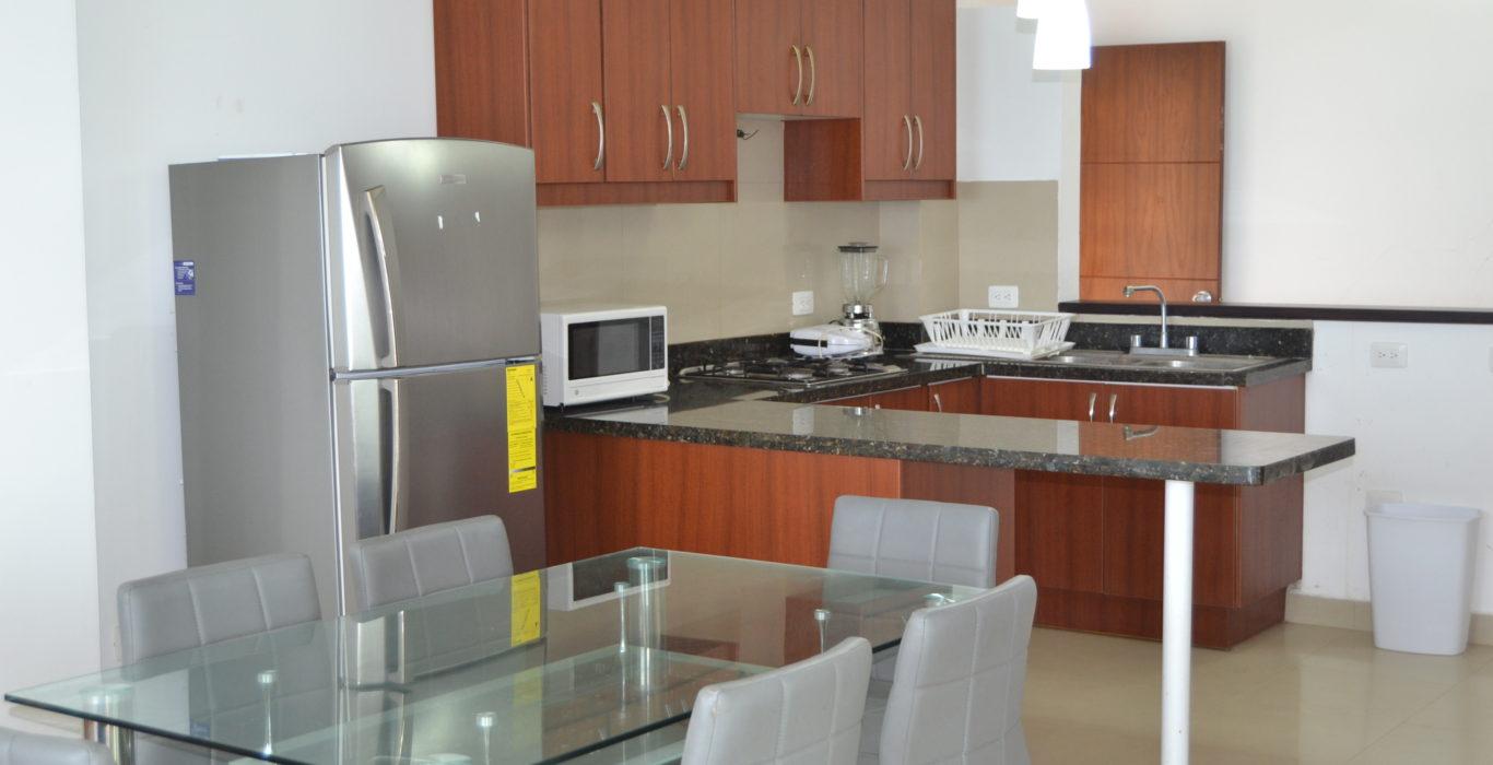 Departamento tonsupa alquiler frente al mar 3 dormitorios for Alquiler de habitaciones para 3 personas